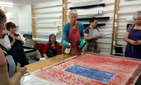 Claire Benn demonstrating dry monoprint