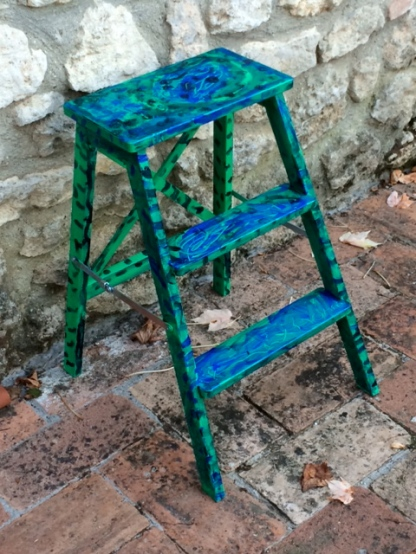 Noam's ladder